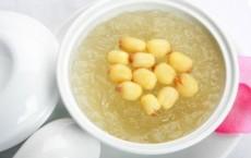 Chè yến hạt sen giúp bồi bổ sức khỏe