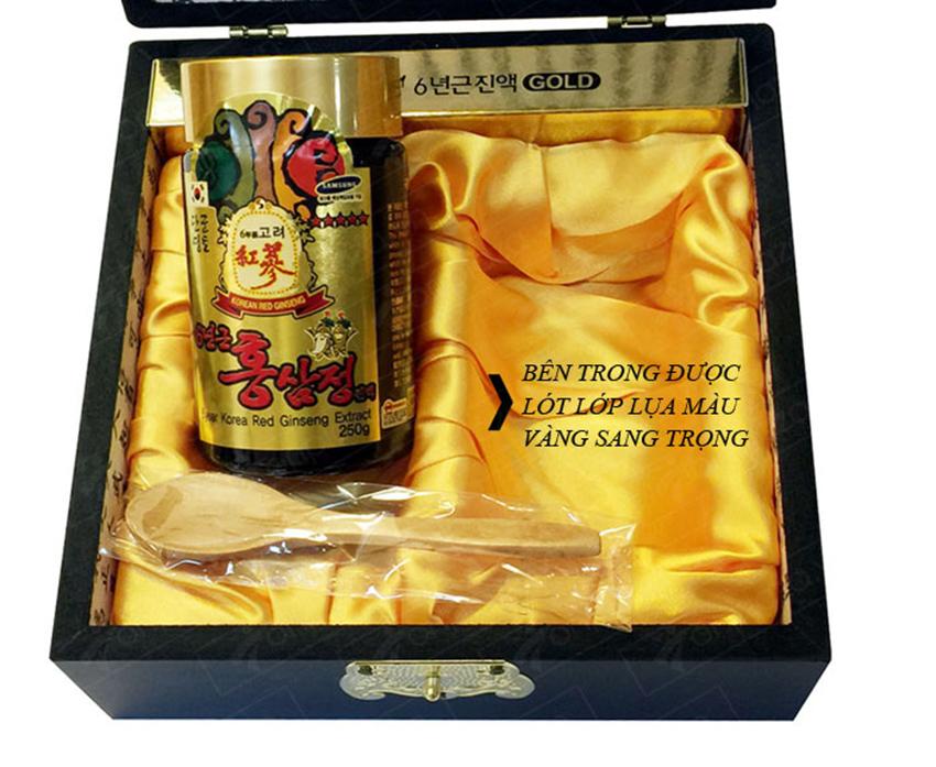 Cao hồng sâm Hàn Quốc hộp gỗ 2 lọ x 250g