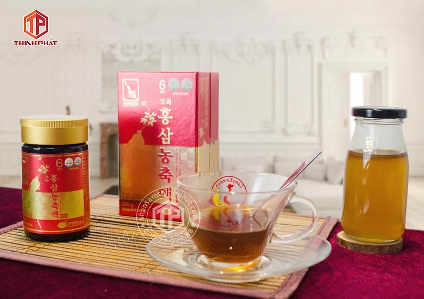 Cao hồng sâm Hàn Quốc Royal KGS cao cấp 240g